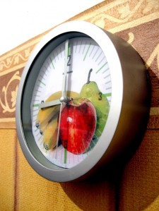 fruit-clock-morguefile